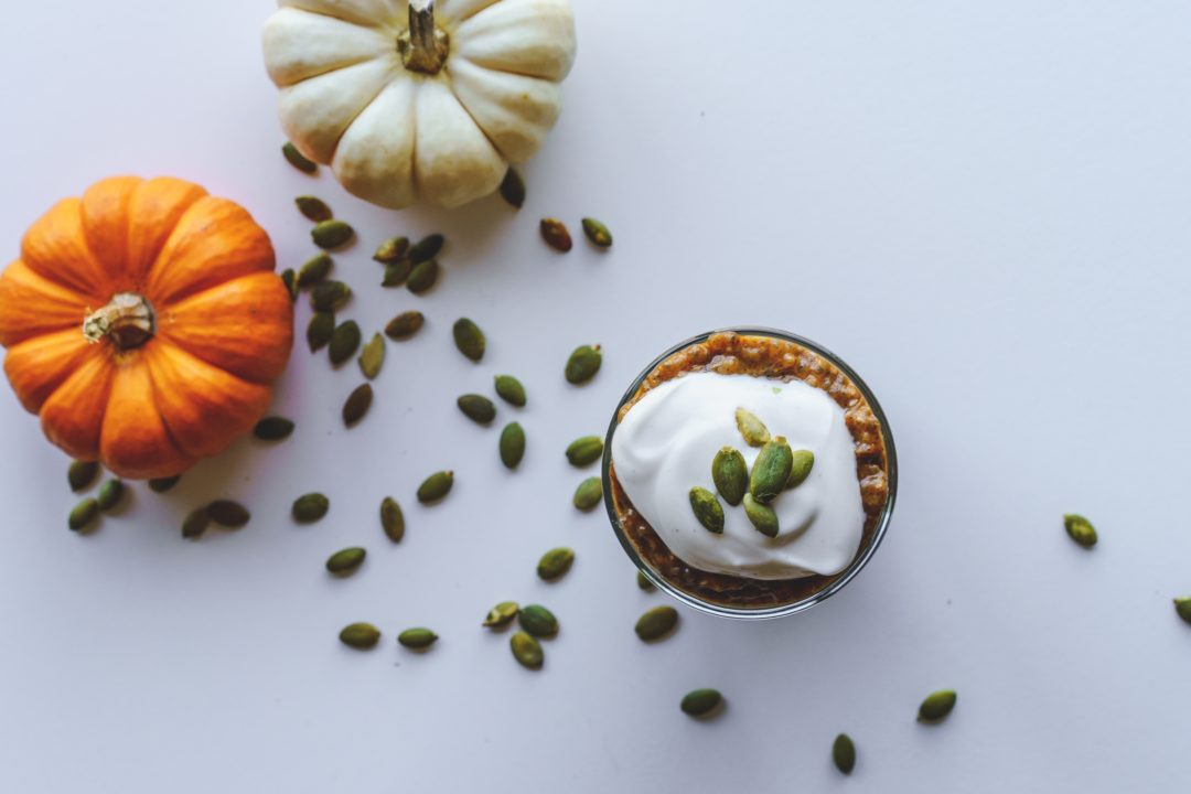 pumpkin chia pudding and ingredients