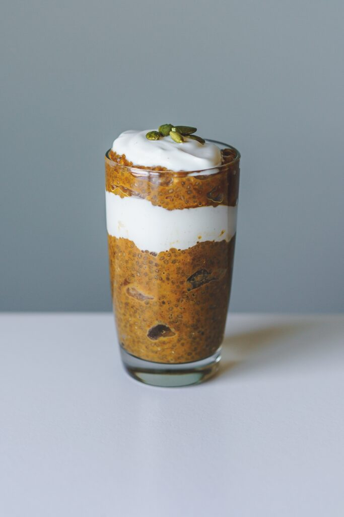 layered pumpkin chia pudding
