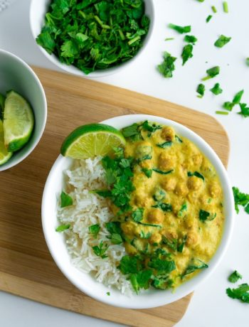 Chelsea Dishes - bowl of chickpea curry with lime and cilantro